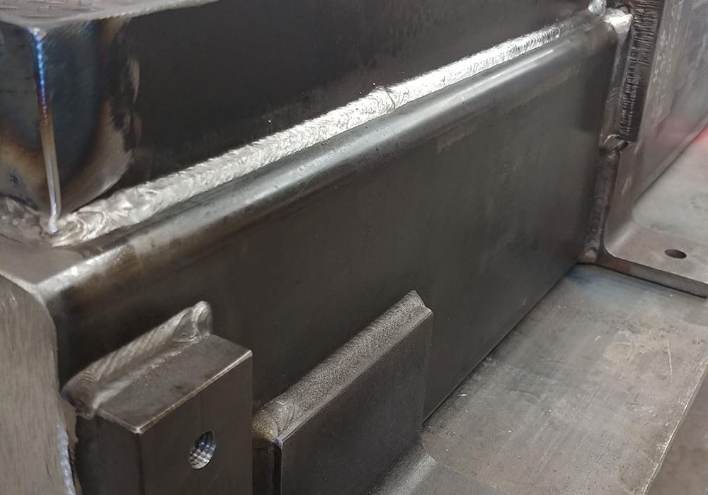 nova base weld closeup